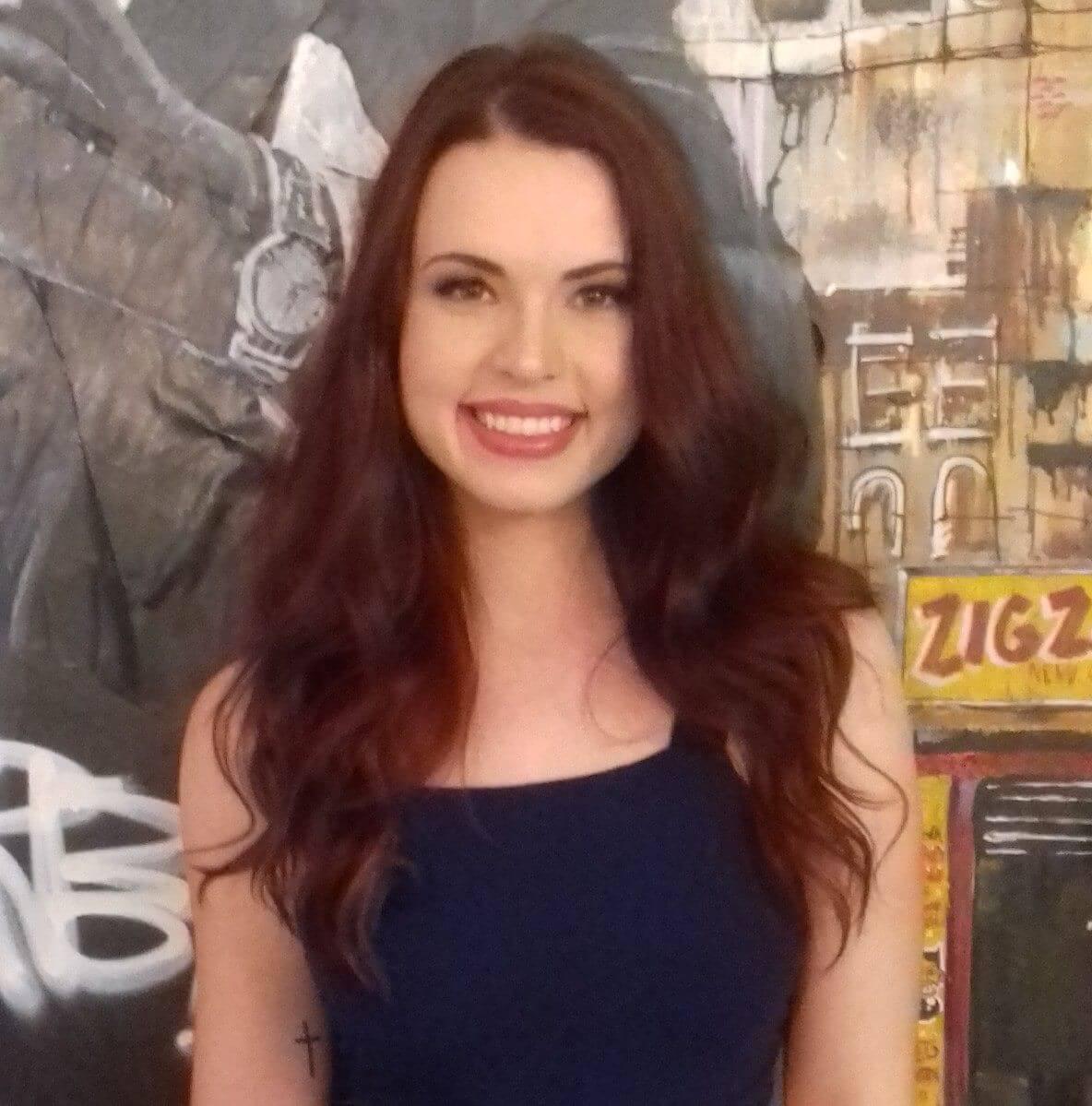 leticia, atriz do projeto nóis na fita
